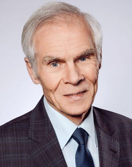 2019 Gerhard Stauff